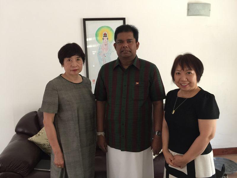 国土大臣公邸に表敬訪問致しました。